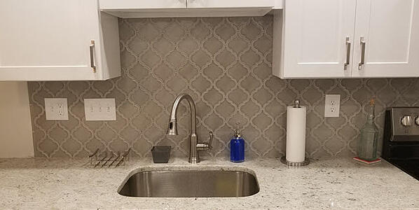 Consider Arabesque tile for your kitchen backsplash design