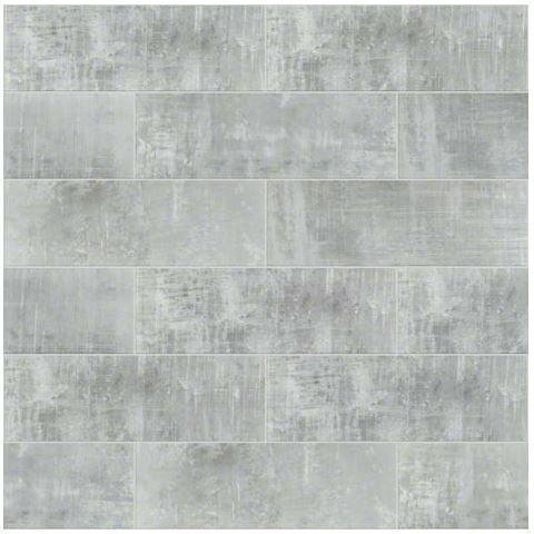 Cosmopolitan tile in Silver Frost