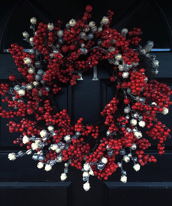 Have Fun With Seasonal Wreaths
