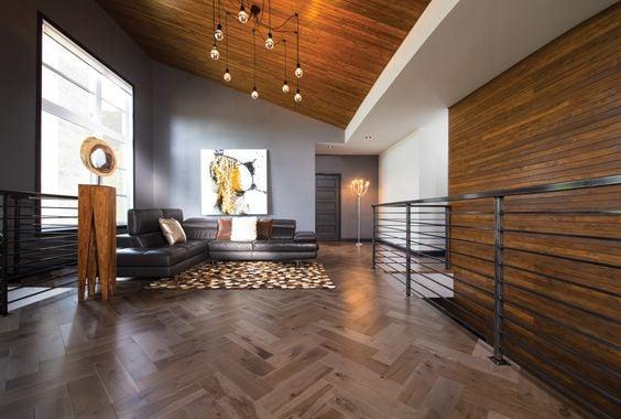Create beautiful herringbone installation patterns with hardwood floors.